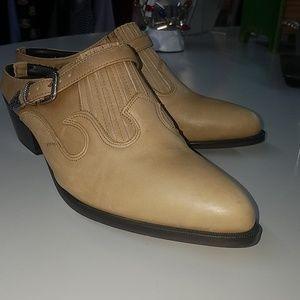 Vintage Dingo Mules